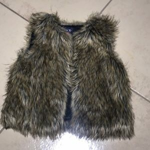 Girls Fur vest